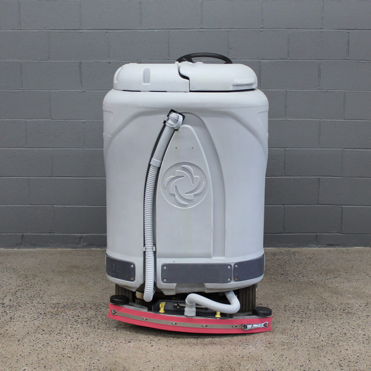 Used Advance Adgressor X2820D Rider Scrubber