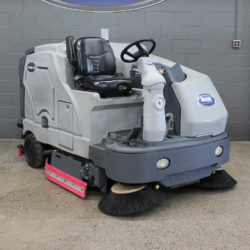 Used Advance Condor XL Scrubber X62LP