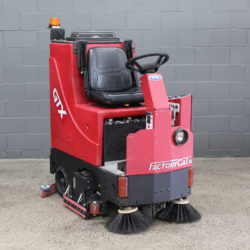 Used Factory Cat GTX 30C Rider Scrubber