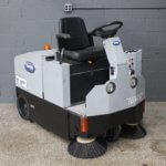 Reconditioned Tomcat TR Rider Sweeper