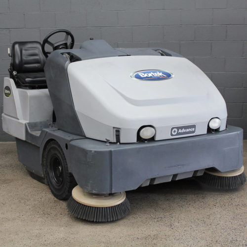 Reconditioned Advance Exterra Sweeper 5340G Angled