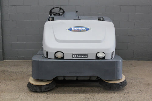 Reconditioned Advance Exterra Sweeper 5340G Front