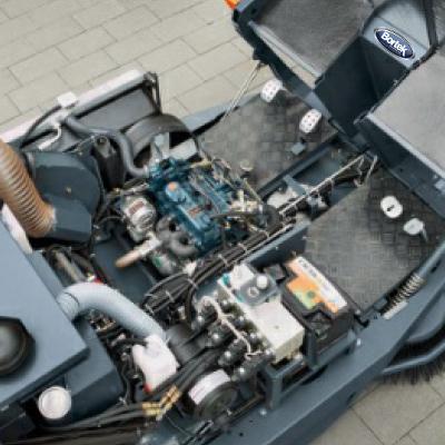 PowerBoss SweepMaster 1500 RH- Large Battery Powered Rider Sweeper